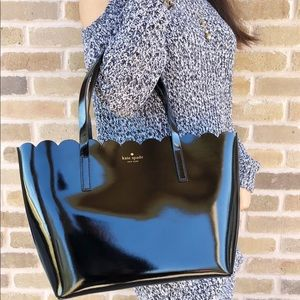 Kate spade lily small patent tote cardigan black
